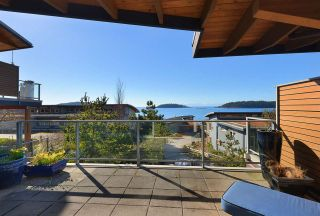 Photo 5: 5370 WAKEFIELD BEACH LANE in Sechelt: Sechelt District Townhouse for sale (Sunshine Coast)  : MLS®# R2409390