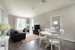 """Photo 3: 319 22 E ROYAL Avenue in New Westminster: Fraserview NW Condo for sale in """"THE LOOKOUT"""" : MLS®# R2601402"""