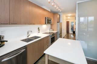 """Photo 8: 405 221 UNION Street in Vancouver: Mount Pleasant VE Condo for sale in """"V6A"""" (Vancouver East)  : MLS®# R2115784"""