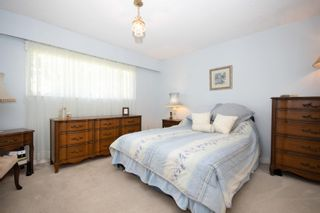 "Photo 34: 45935 LAKE Drive in Chilliwack: Sardis East Vedder Rd House for sale in ""Sardis Park"" (Sardis)  : MLS®# R2620684"