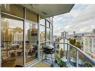 """Photo 7: 1403 1050 SMITHE Street in Vancouver: West End VW Condo for sale in """"THE STERLING"""" (Vancouver West)  : MLS®# V1092092"""