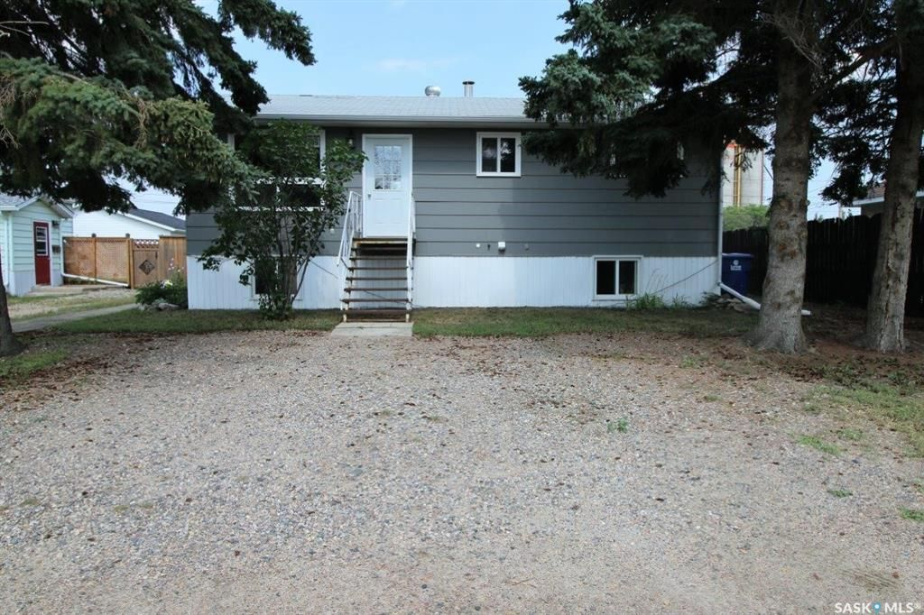 Main Photo: 505 1st Avenue West in Spiritwood: Residential for sale : MLS®# SK866092