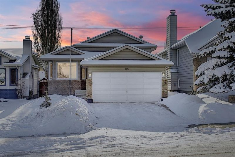 FEATURED LISTING: 119 Shawinigan Drive Southwest Calgary