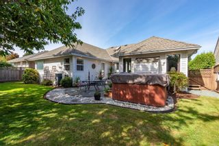 Photo 3: 631 Cambridge Dr in Campbell River: CR Willow Point House for sale : MLS®# 886798