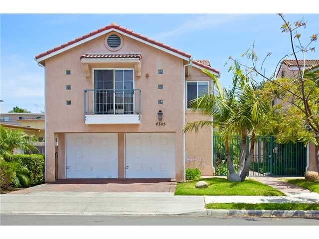 Main Photo: UNIVERSITY HEIGHTS Condo for sale : 2 bedrooms : 4345 Florida Street #3 in San Diego