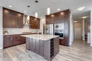 Photo 9: 28 Walgrove Landing SE in Calgary: Walden Detached for sale : MLS®# A1137491