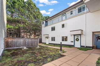 Photo 2: 7 331 Robert St in : VW Victoria West Row/Townhouse for sale (Victoria West)  : MLS®# 867098
