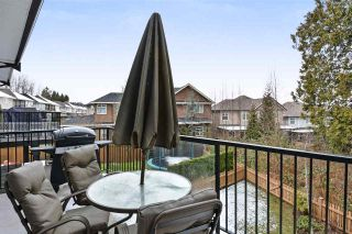 Photo 10: 160 6299 144 ST in Surrey: Sullivan Station Townhouse for sale : MLS®# R2242159