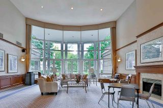 """Photo 5: 215 3098 GUILDFORD Way in Coquitlam: North Coquitlam Condo for sale in """"Marlborough House"""" : MLS®# R2555824"""