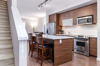 """Photo 8: 14 2495 DAVIES Avenue in Port Coquitlam: Central Pt Coquitlam Townhouse for sale in """"ARBOUR"""" : MLS®# R2331337"""