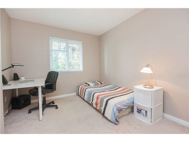 """Photo 11: Photos: 113 12040 68 Avenue in Surrey: West Newton Townhouse for sale in """"TERRANE"""" : MLS®# F1446726"""