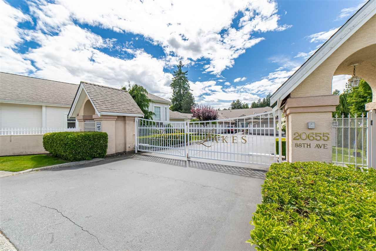 """Main Photo: 116 20655 88 Avenue in Langley: Walnut Grove Townhouse for sale in """"Twin Lakes"""" : MLS®# R2591263"""