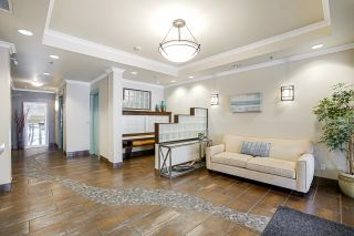 """Photo 7: 201 6688 ROYAL Avenue in West Vancouver: Horseshoe Bay WV Condo for sale in """"GALLERIES ON THE BAY"""" : MLS®# R2598710"""