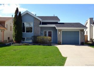 Photo 1: 58 Becontree Bay in WINNIPEG: St Vital Residential for sale (South East Winnipeg)  : MLS®# 1411805