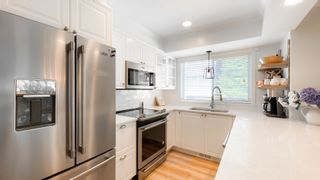 """Photo 9: 8402 KEYSTONE Street in Vancouver: Champlain Heights Townhouse for sale in """"Marine Woods"""" (Vancouver East)  : MLS®# R2606648"""