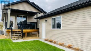 Photo 2: 152 10 Avenue SE in Drumheller: House for sale : MLS®# A1110224