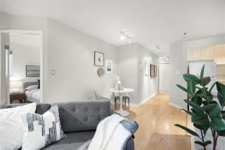 """Photo 6: 310 2025 STEPHENS Street in Vancouver: Kitsilano Condo for sale in """"STEPHENS COURT"""" (Vancouver West)  : MLS®# R2567263"""