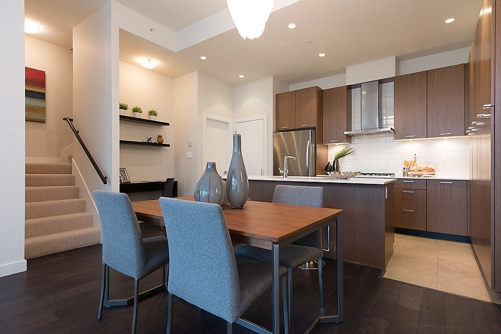 """Main Photo: 250 E 7TH Avenue in Vancouver: Mount Pleasant VE Townhouse for sale in """"SOCIAL"""" (Vancouver East)  : MLS®# V1053656"""