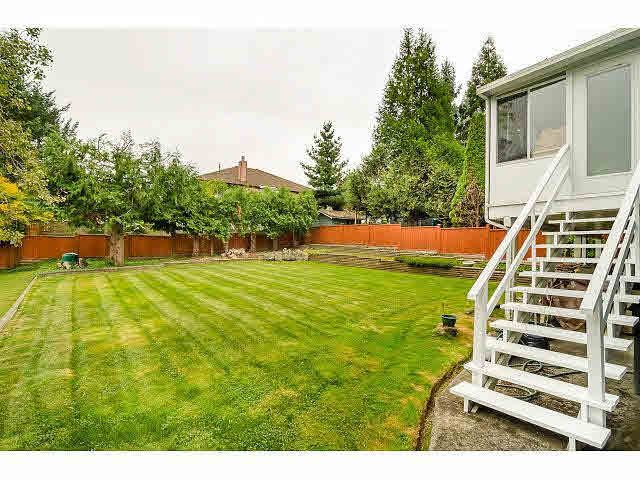 Photo 19: Photos: 8073 Burnfield Crescent in Burnaby: Burnaby Lake House for sale (Burnaby South)  : MLS®# R2105566