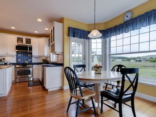 Photo 12: 7146 Wallace Dr in : CS Brentwood Bay House for sale (Central Saanich)  : MLS®# 878217