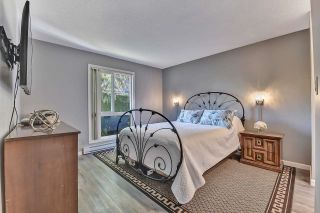 """Photo 15: 39 2345 CRANLEY Drive in Surrey: King George Corridor Manufactured Home for sale in """"LA MESA"""" (South Surrey White Rock)  : MLS®# R2601872"""