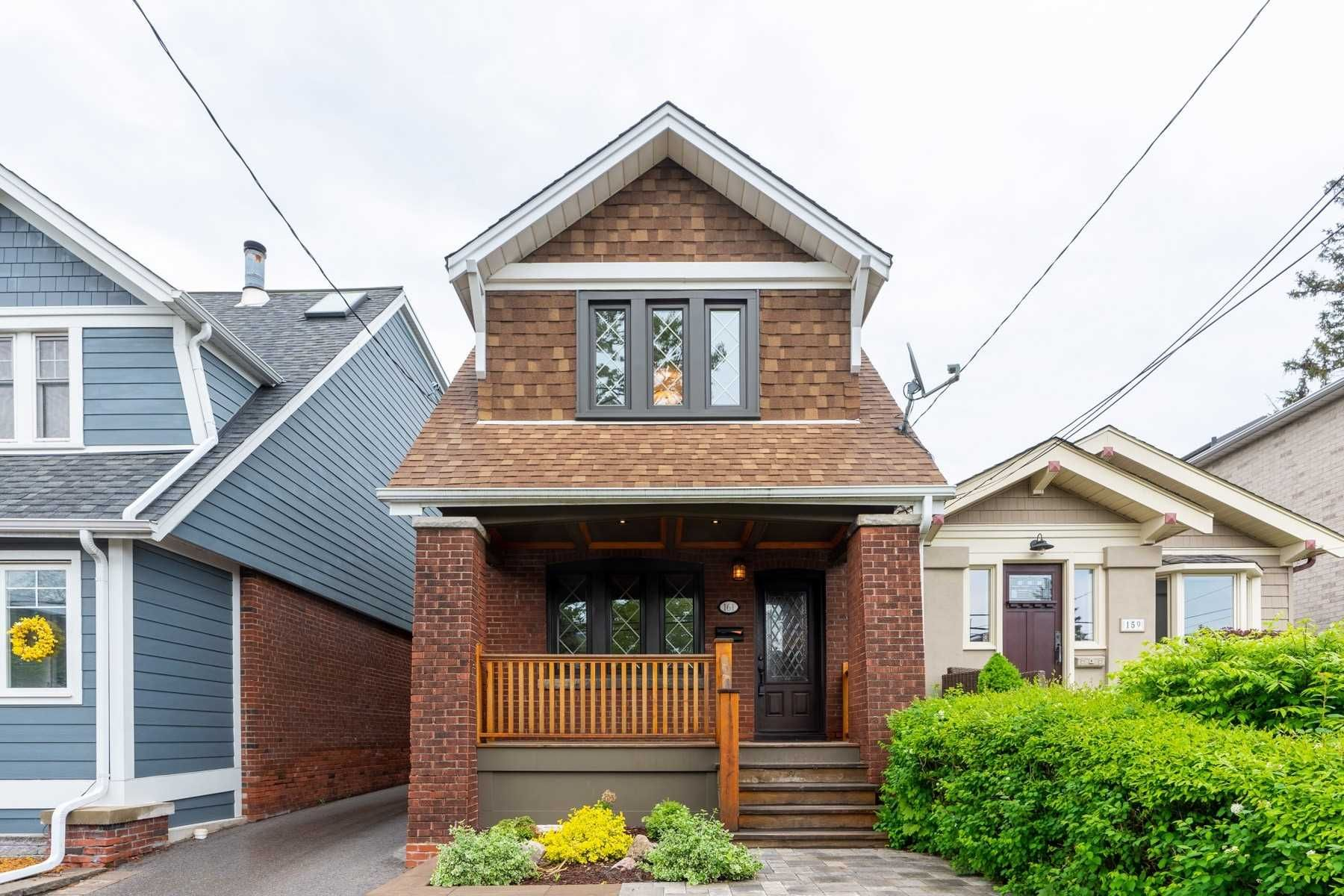 Main Photo: 161 Courcelette Road in Toronto: Birchcliffe-Cliffside House (2-Storey) for lease (Toronto E06)  : MLS®# E4774892