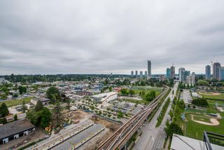 """Photo 20: 2202 10777 UNIVERSITY Drive in Surrey: Whalley Condo for sale in """"CITY POINT"""" (North Surrey)  : MLS®# R2564095"""
