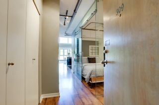 """Photo 7: 309 27 ALEXANDER Street in Vancouver: Downtown VE Condo for sale in """"ALEXIS"""" (Vancouver East)  : MLS®# R2624862"""