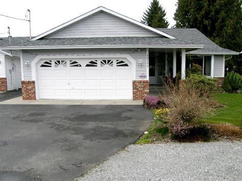 Main Photo: 20325 DEWDNEY TRUNK ROAD in Maple Ridge: Home for sale : MLS®# V940648