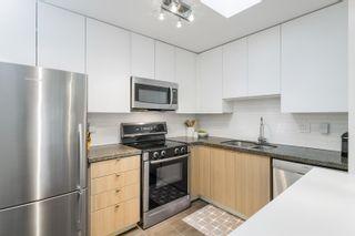 "Photo 9: 411 108 W ESPLANADE Avenue in North Vancouver: Lower Lonsdale Condo for sale in ""Tradewinds"" : MLS®# R2625746"