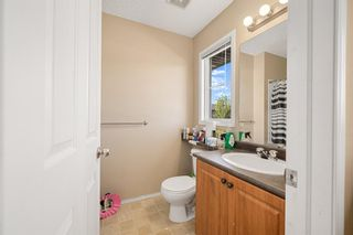 Photo 15: 38 Eversyde Common SW in Calgary: Evergreen Row/Townhouse for sale : MLS®# A1144628
