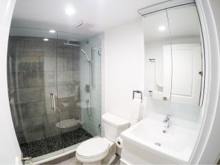 Photo 2: 315 1545 E 2ND AVENUE in Vancouver: Grandview VE Condo for sale (Vancouver East)  : MLS®# R2216999