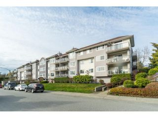 """Photo 1: 312 33599 2ND Avenue in Mission: Mission BC Condo for sale in """"Stave Lake Landing"""" : MLS®# R2441146"""
