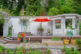 Photo 2: 36 2500 Florence Lake Rd in : La Florence Lake Manufactured Home for sale (Langford)  : MLS®# 875446