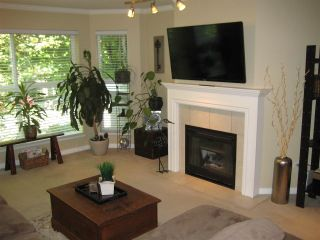 """Photo 3: 201 12088 66 Avenue in Surrey: West Newton Condo for sale in """"LAKEWOOD TERRACE"""" : MLS®# R2588884"""