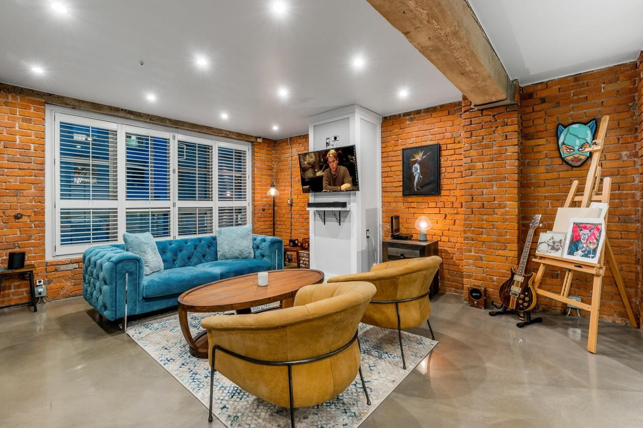 Main Photo: 304 1066 HAMILTON Street in Vancouver: Yaletown Condo for sale (Vancouver West)  : MLS®# R2615311