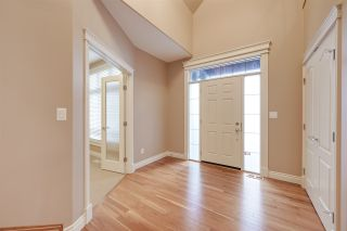Photo 9: 5052 MCLUHAN Road in Edmonton: Zone 14 House for sale : MLS®# E4231981