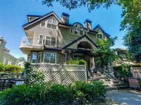 Photo 2: 1465 WALNUT Street in Vancouver: Kitsilano Townhouse for sale (Vancouver West)  : MLS®# R2170959