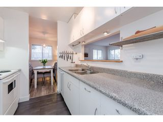 "Photo 10: 304 15991 THRIFT Avenue: White Rock Condo for sale in ""THE ARCADIAN"" (South Surrey White Rock)  : MLS®# R2426777"