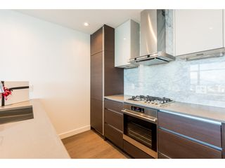 """Photo 3: 3207 4670 ASSEMBLY Way in Burnaby: Metrotown Condo for sale in """"Station Square"""" (Burnaby South)  : MLS®# R2320659"""