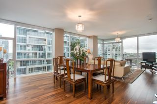 """Photo 3: 1504 1455 HOWE Street in Vancouver: Yaletown Condo for sale in """"POMARIA"""" (Vancouver West)  : MLS®# R2387626"""