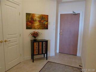 Photo 2: 816 21 Dallas Rd in VICTORIA: Vi James Bay Condo for sale (Victoria)  : MLS®# 735342
