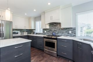 """Photo 4: 35441 CALGARY Avenue in Abbotsford: Abbotsford East House for sale in """"SANDY HILL"""" : MLS®# R2595904"""