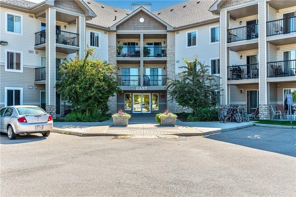 Main Photo: 1126 2395 Eversyde AV SW in Calgary: Evergreen Apartment for sale : MLS®# C4292092