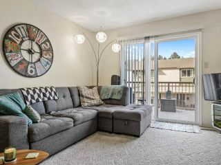 Photo 3: 45 1469 SPRINGHILL DRIVE in Kamloops: Sahali Townhouse for sale : MLS®# 164016