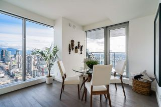 "Photo 4: 4608 1480 HOWE Street in Vancouver: Yaletown Condo for sale in ""VANCOUVER HOUSE"" (Vancouver West)  : MLS®# R2545324"