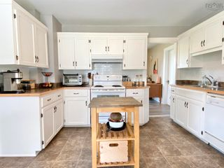 Photo 8: 210 Highway 1 in Smiths Cove: 401-Digby County Residential for sale (Annapolis Valley)  : MLS®# 202121086