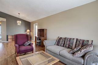 Photo 7: 159 HIDDEN GR NW in Calgary: Hidden Valley House for sale : MLS®# C4293716