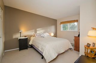 Photo 16: 95 Caton Pl in View Royal: VR View Royal House for sale : MLS®# 865555