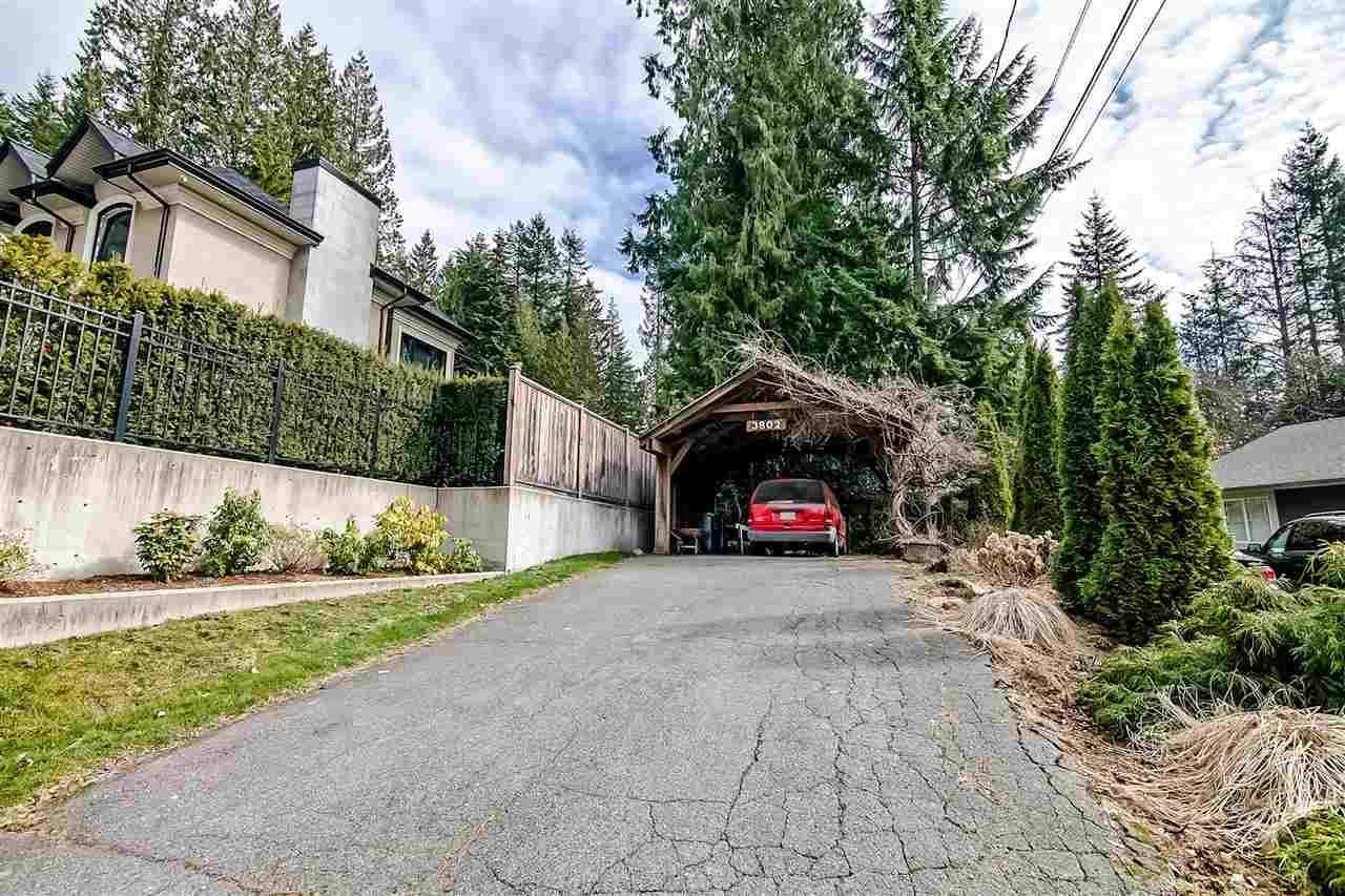 Photo 7: Photos: 3802 St Marys Ave in North Vancouver: Upper Lonsdale House for rent